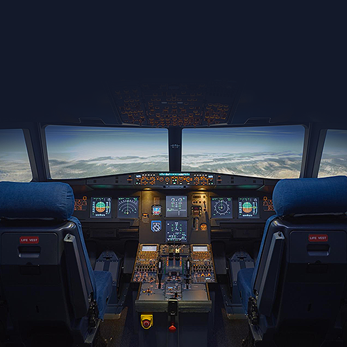 Development and commercialisation of the combined A320/B737 flight simulator