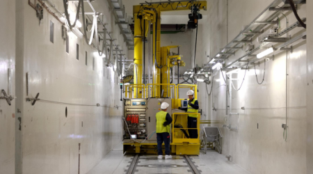 remotely_operated_filter_changing_machine-fcm-nuclear-equipment-copyright-edf.png