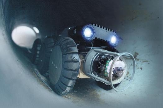 ECA-Group-PIPE-INSPECTION-ROBOTS-Pipe-Cruiser-in-sewer.jpg