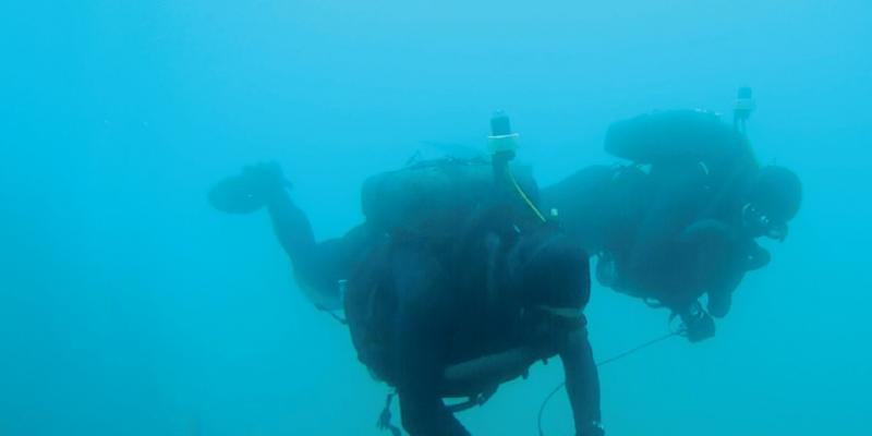 Diver Tracking System During Training
