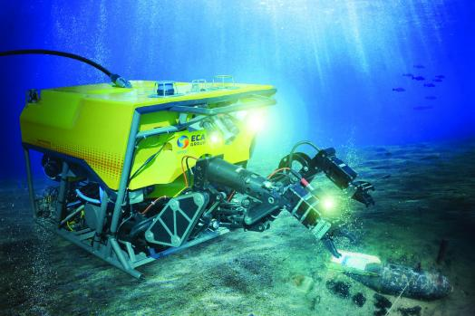 ECA-Group-rovs-for-object-recovery-H2000.jpg